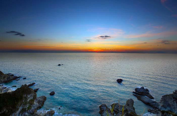 Escursione in barca al tramonto Tropea Capo Vaticano