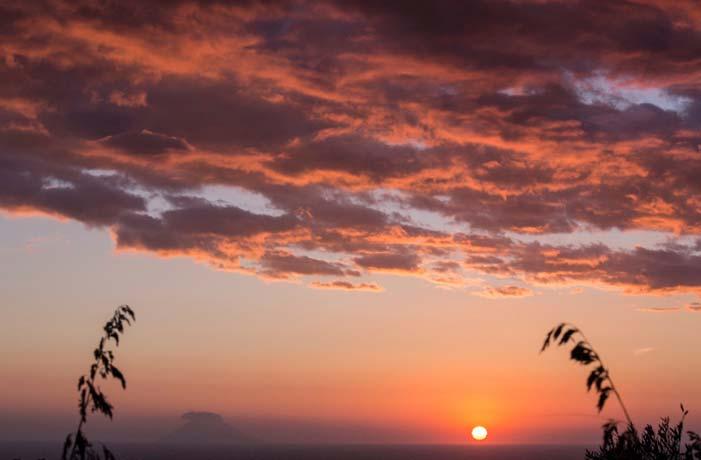 Escursione in gommone al tramonto Capo Vaticano Tropea